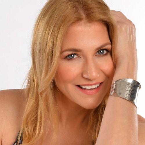 Profile picture for Elizabeth Menzel
