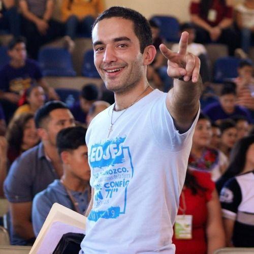 Profile picture for Luis Carranza